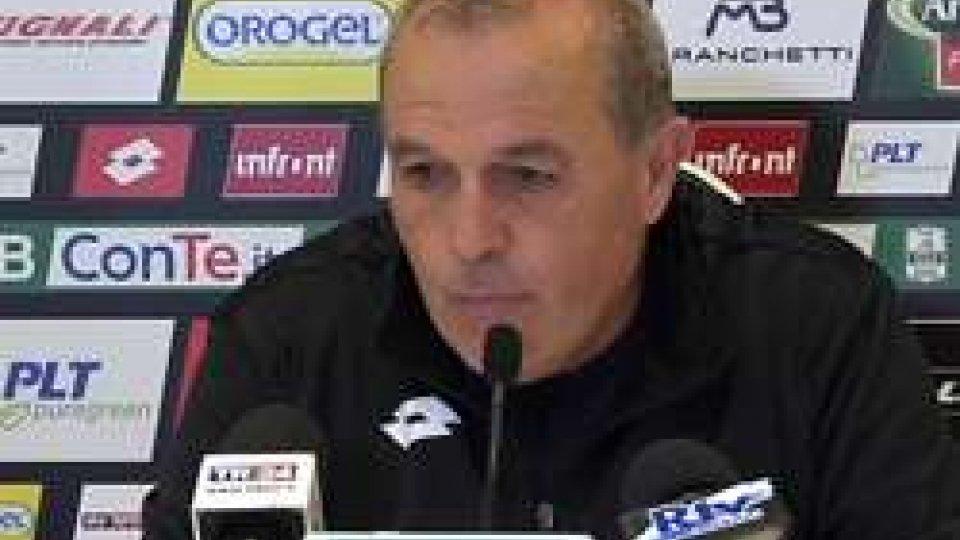 Fabrizio CastoriCastori: con il Frosinone non bisogna pensare ma correre