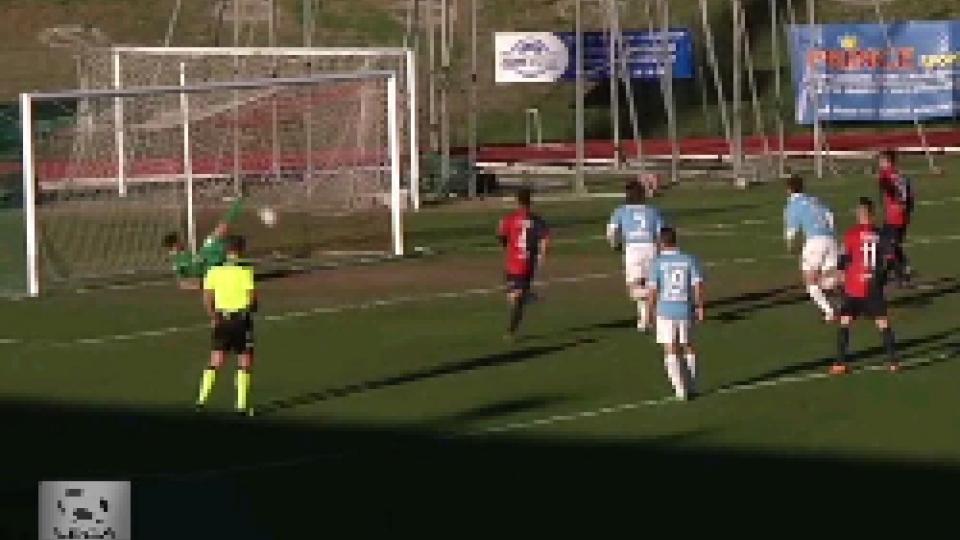 Il rigore parato da Forte a CasiraghiMaceratese-Gubbio: 0-0