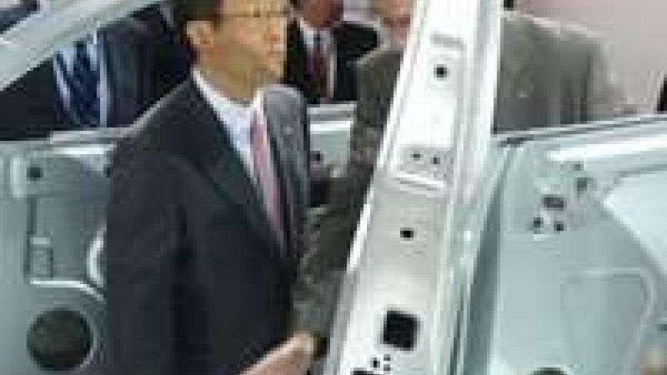 Toyota: dimezzate vendite in Cina per crisi isole