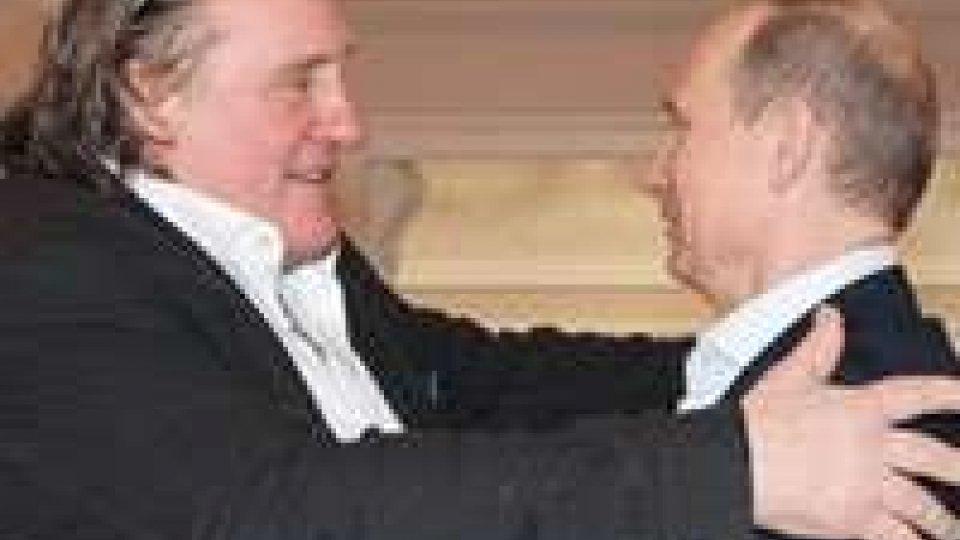 Depardieu ha ricevuto il suo passaporto da Putin