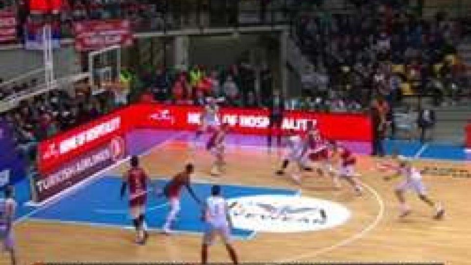 Eurolega: Milano dura un tempo, Baskonia vince facile