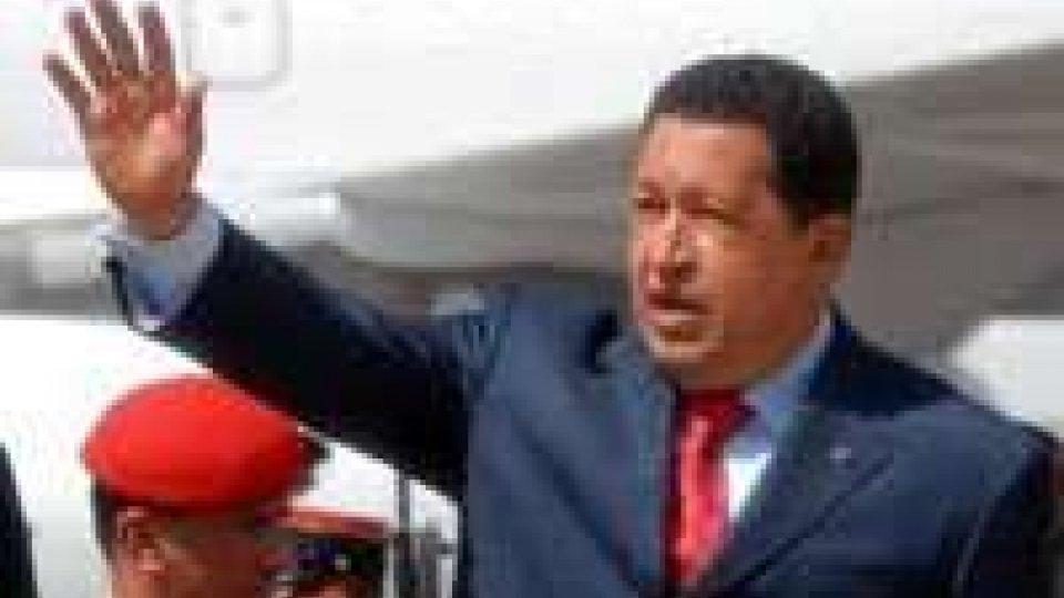 Maduro: Chavez, ha iniziato la chemioterapia