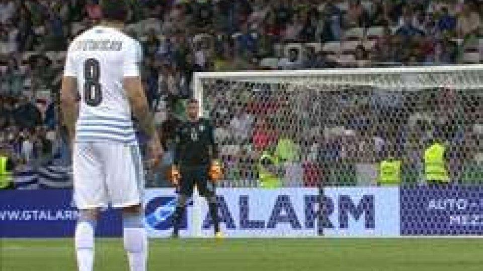 Italia - Uruguay 3-0Italia concreta, contro l'Uruguay è 3-0