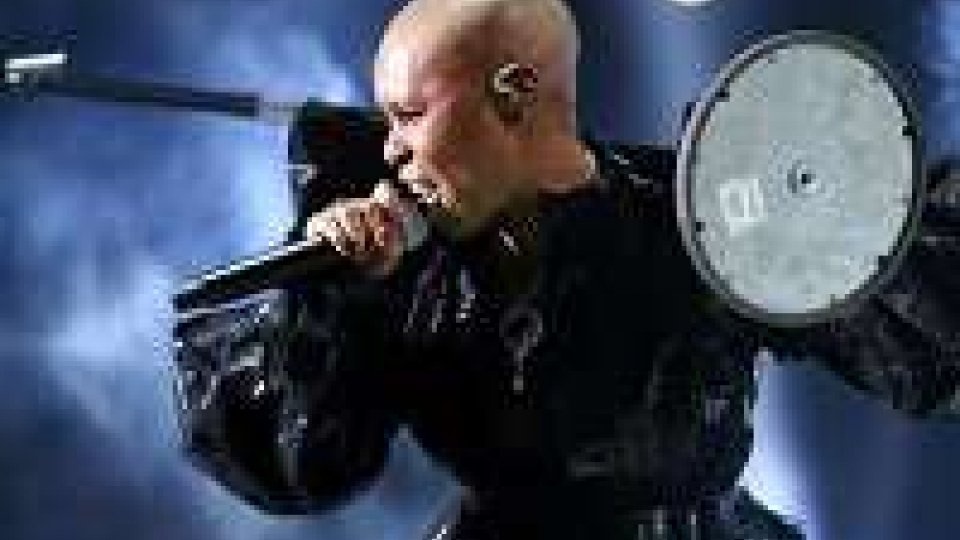 Skunk Anansie oscuri in 'Anarchytecture'