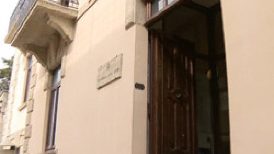 Prof cercasi: all'Università di San Marino bandi aperti per 39 insegnamenti