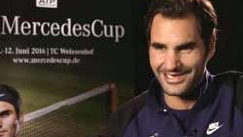 Stoccarda sull'erba: Federer si prenota per il 2016Stoccarda sull'erba: Federer si prenota per il 2016