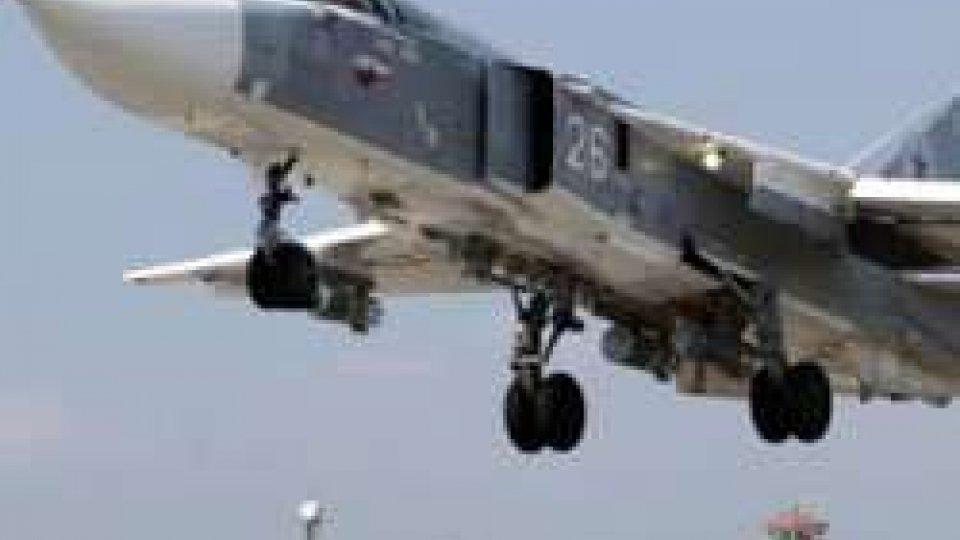 Russia prosegue raid in Siria e dice sì a coordinarsi con USA
