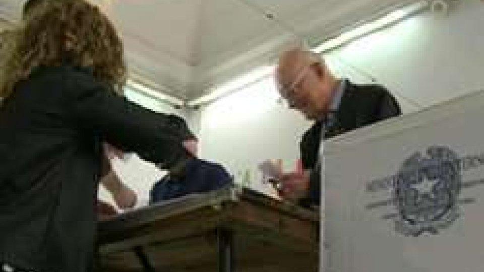 BallottaggiBallottaggi, domenica ritorno alle urne, in Emilia 9 comuni al voto