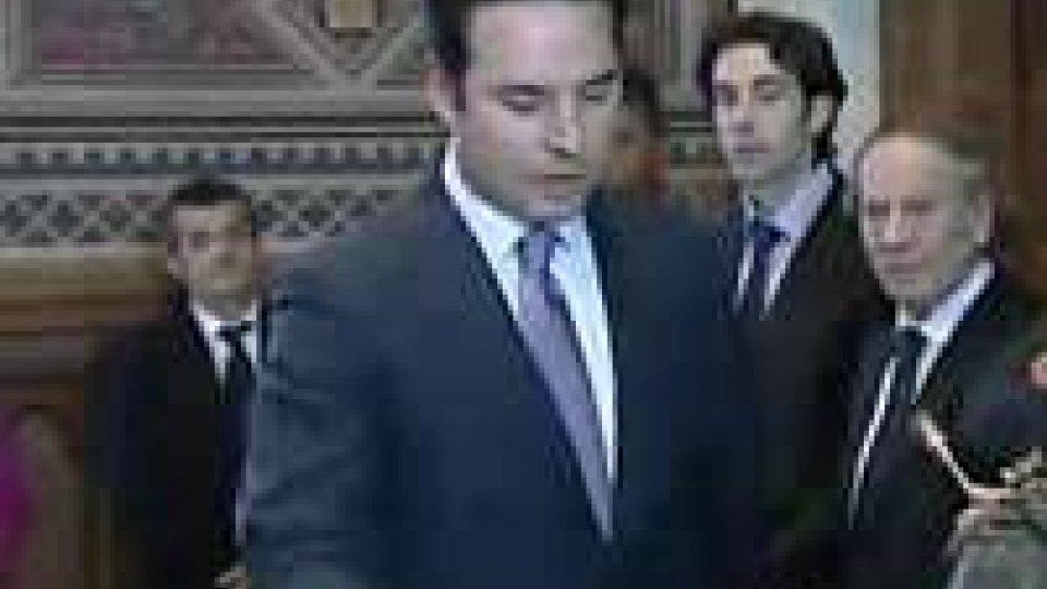 Consiglio: Teodoro Lonfernini ha giurato come Segretario di Stato per il TurismoConsiglio: Teodoro Lonfernini ha giurato come Segretario di Stato per il Turismo
