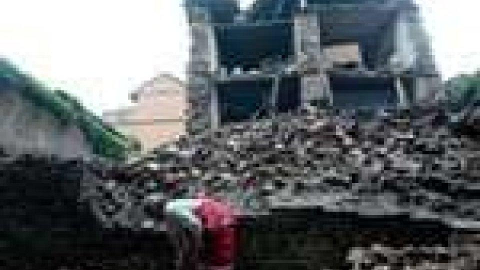63 morti in un terremoto tra Nepal e India