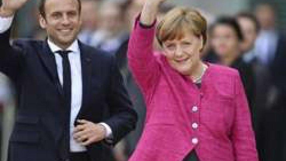 Macron-Merkel vogliono rafforzare l'asse Parigi-Berlino