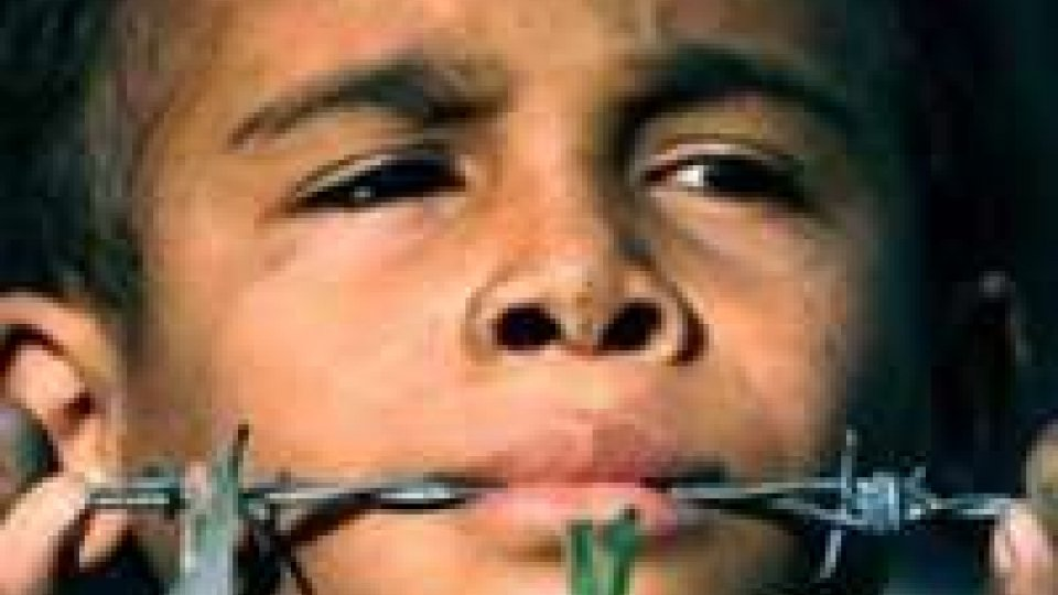 Siria: bilancio ong, a luglio 2.464 morti, 293 sono bambini