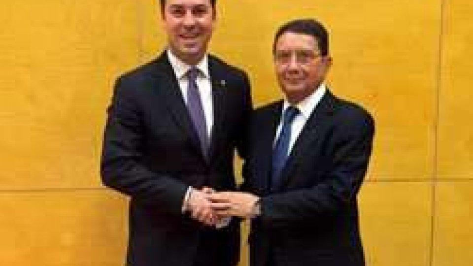 Il Segretario di Stato per il Turismo Teodoro Lonfernini incontra Taleb Rifai a Madrid
