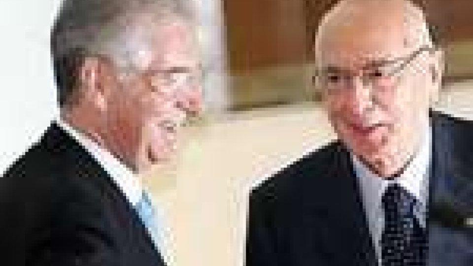 """Silvio Berlusconi: """"Mario Monti, scelta inevitabile"""". Frattini: """"Il premier chiuda da uomo di Stato"""""""