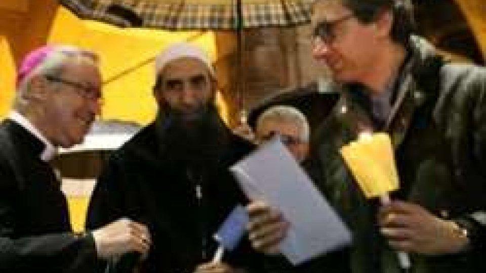 Attentati Parigi: manifestazione per la pace a Rimini