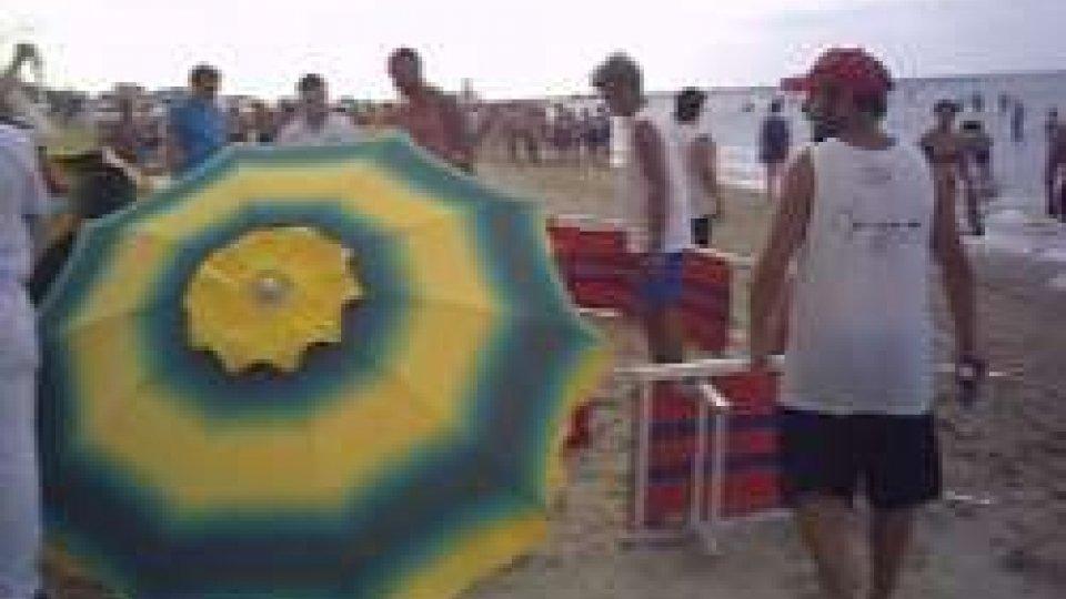 dramma in spiaggiaRimini: annega un turista al bagno 52