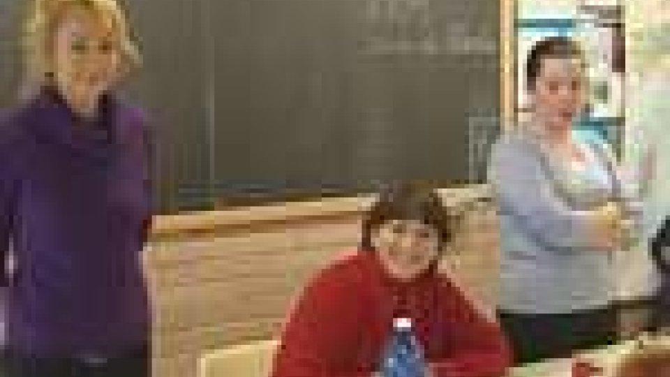 L'Ambasciatore Edith Tamagnini incontra gli alunni della quinta elementare di Ca' Ragni