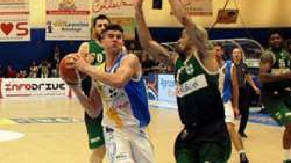 Basket, Avellino ribalta l'Orlandina: play-off a rischio?Basket, Avellino ribalta l'Orlandina: play-off a rischio?