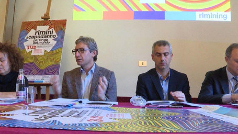 La conferenza stampa di presentazioneRimini: tutto esaurito per il Capodanno. Vietati spray al peperoncino e bottiglie di vetro nelle piazze