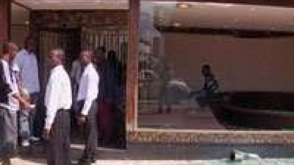 Congo: è di circa 200 morti il bilancio della serie di esplosioni verificatesi oggi a Brazzaville