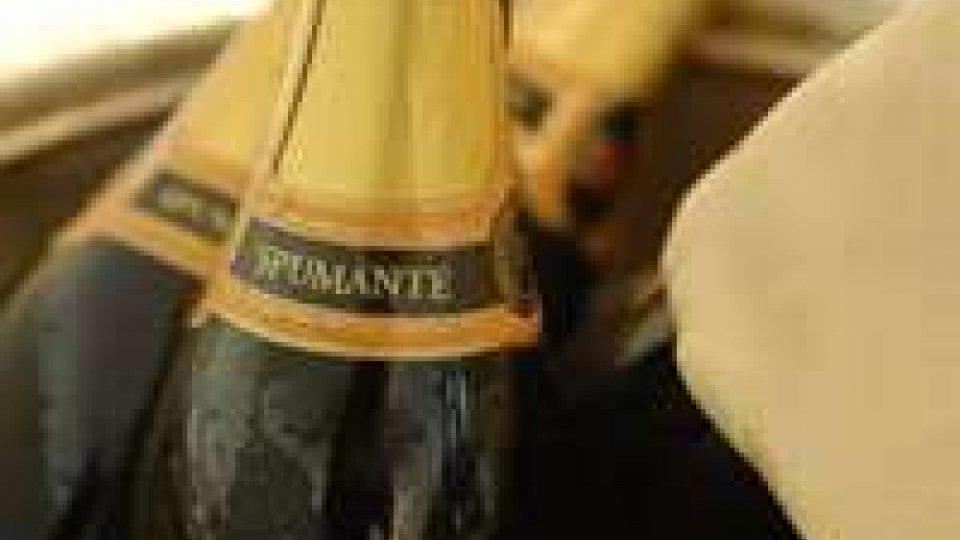 Capodanno: +15% vendita spumante made in Marche