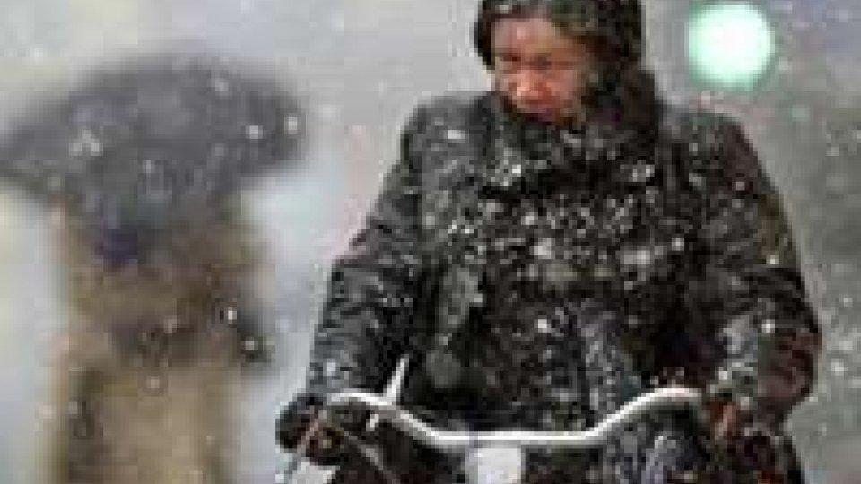 Arriva il maltempo, primi fiocchi di neve a Milano