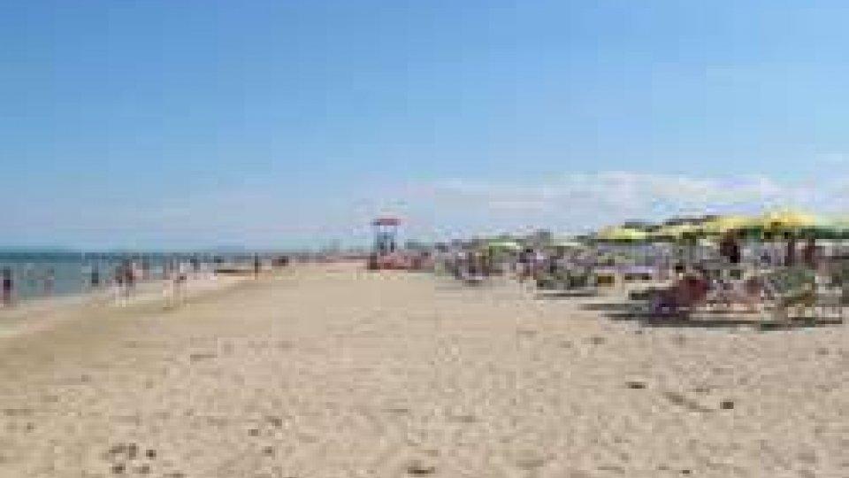 spiaggia RnSpiagge: L'UE boccia l'Italia su proroga concessioni