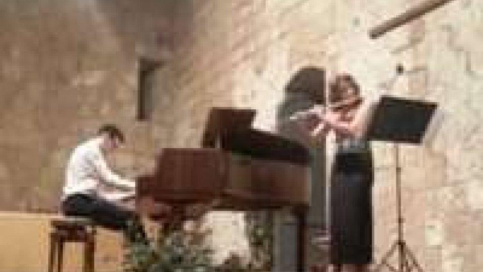 Musica: La flautista Moroni riceve a Viterbo il premio alla carriera