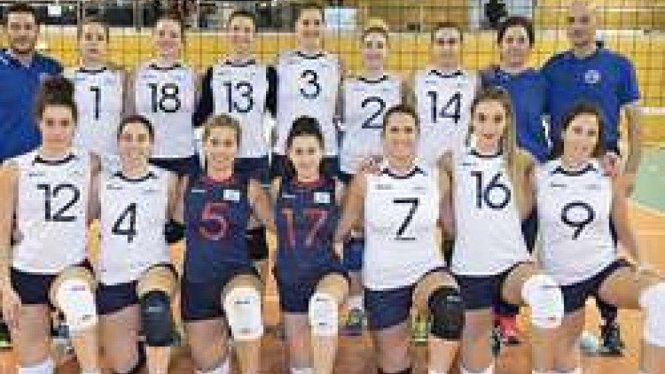 La nazionale femminile in Lussemburgo.