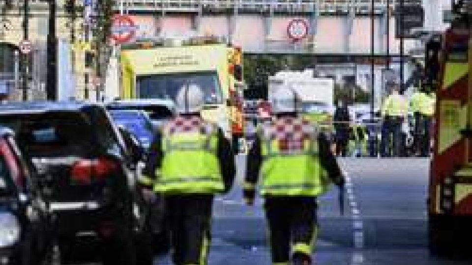 Londra: è caccia all'attentatore