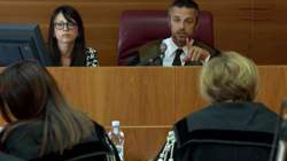 """Il Commissario della Legge Gilberto FeliciConto Mazzini: l'Avvocatura dello Stato narra in sette ore l'intera vicenda e """"sposa"""" le tesi accusatorie"""