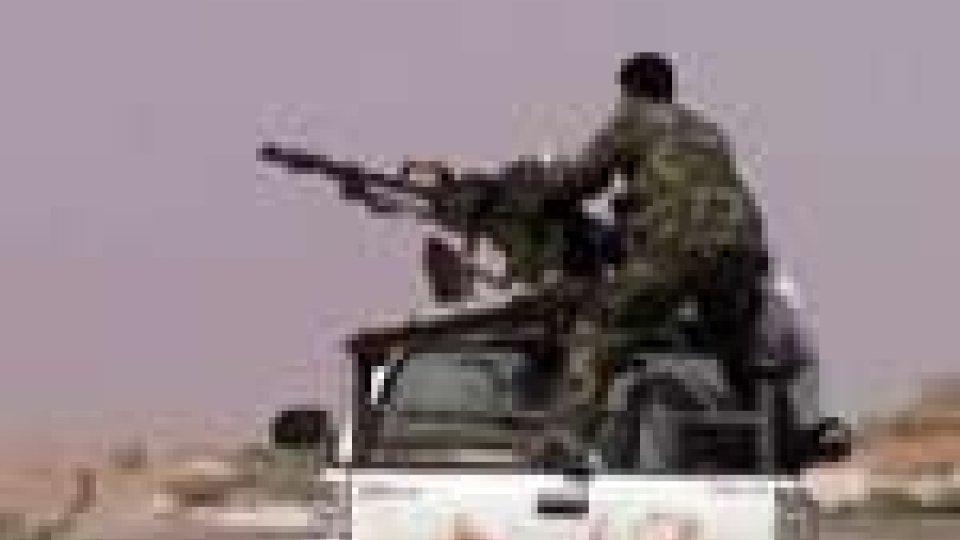 Libia, la Nato assume il comando