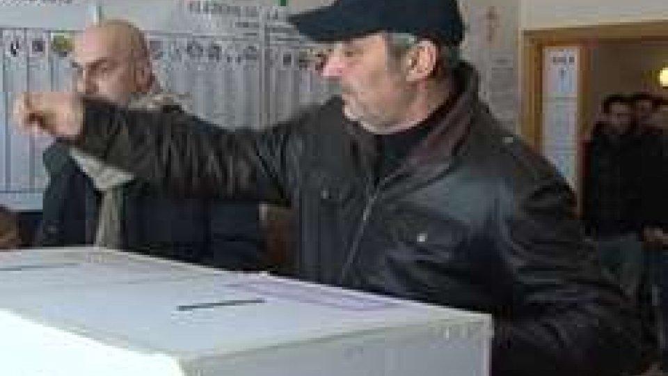 Italia al votoVerso le elezioni del 4 marzo: voto per posta o nei Comuni di riferimento per gli italiani residenti a San Marino