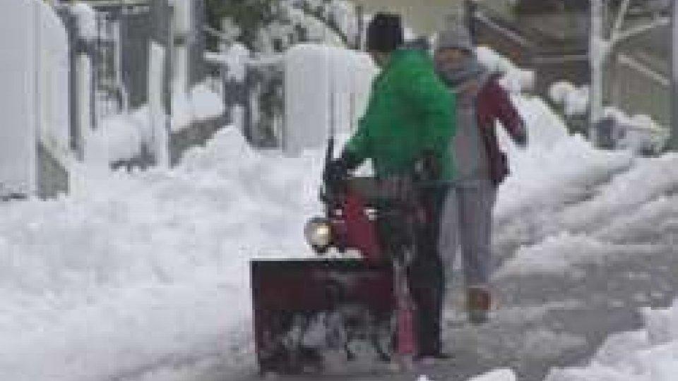 Neve a Santa RitaSul Carpegna arriva la prima neve - LE IMMAGINI