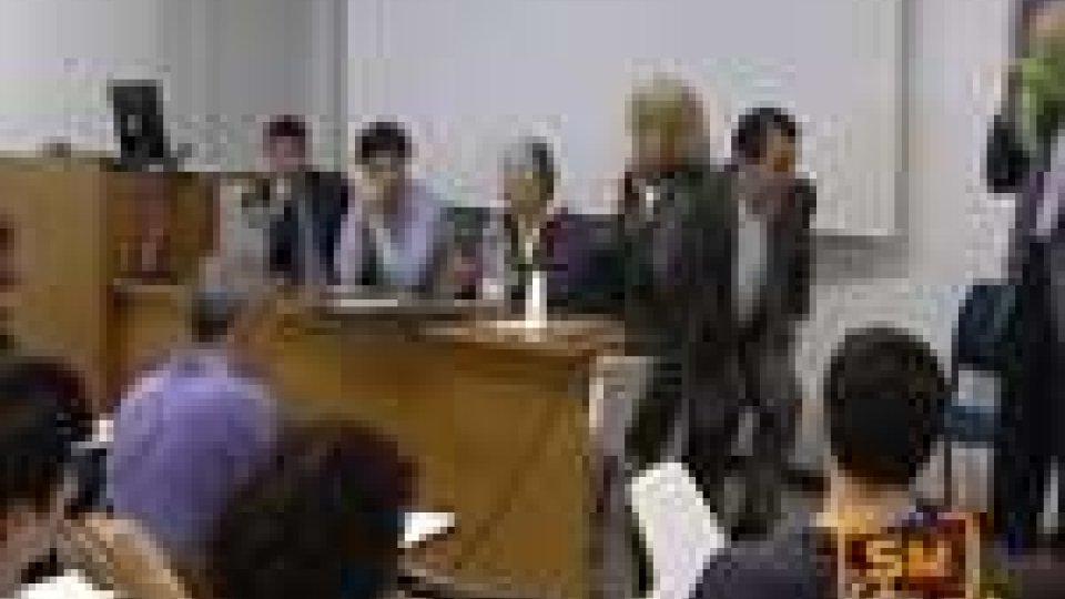 Agenda 21 e Camera di Commercio aprono Ecomercatale 2012 con un incontro presso le Secondarie SuperioriAgenda 21 e Camera di Commercio aprono Ecomercatale 2012 con un incontro presso le Superiori
