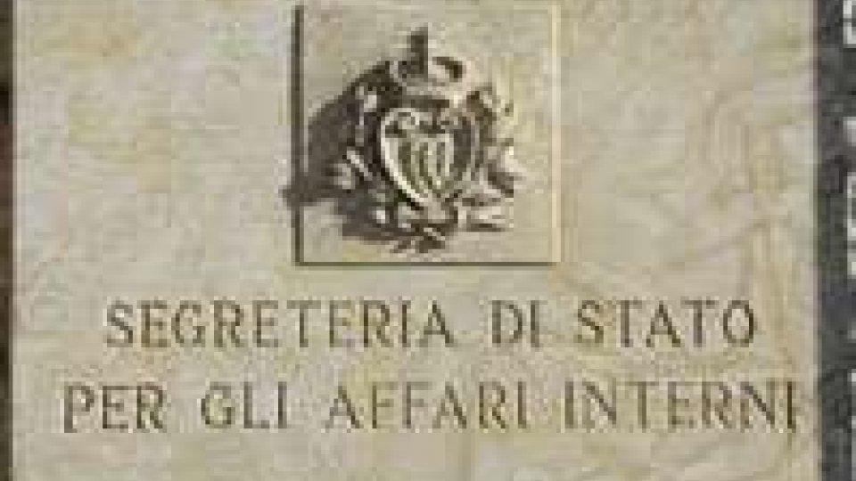 La Segreteria Interni sulle insegne dei partiti