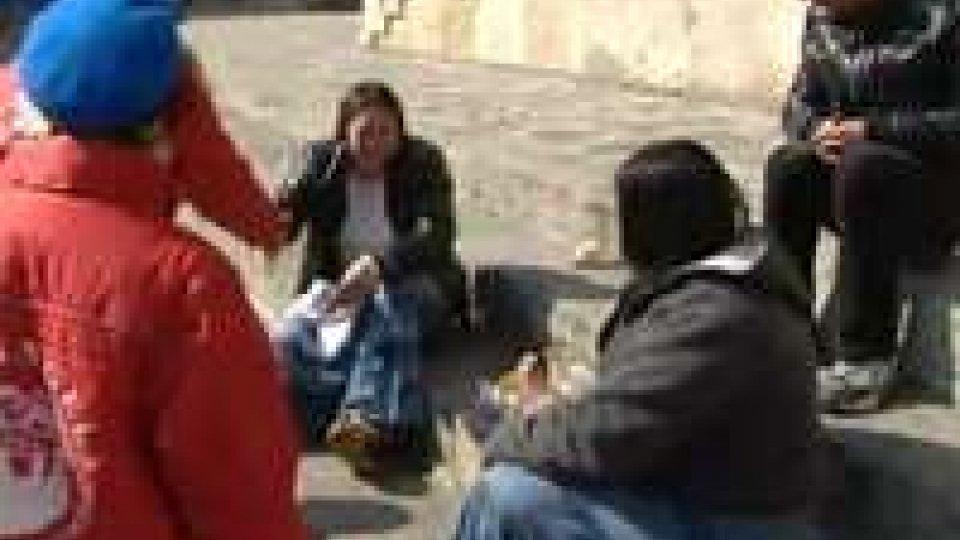 """Gli """"angeli della strada"""" arrivano a Rimini per aiutare chi è in difficoltàGli """"angeli della strada"""" arrivano a Rimini per aiutare chi è in difficoltà"""