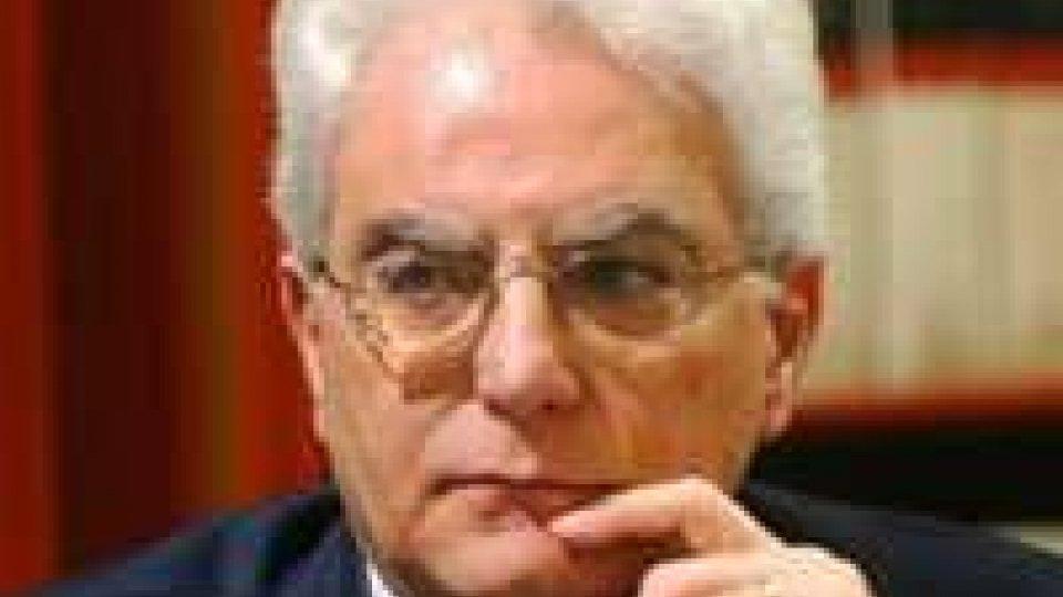 Quirinale: pressing di Renzi per Mattarella ma Berlusconi frena