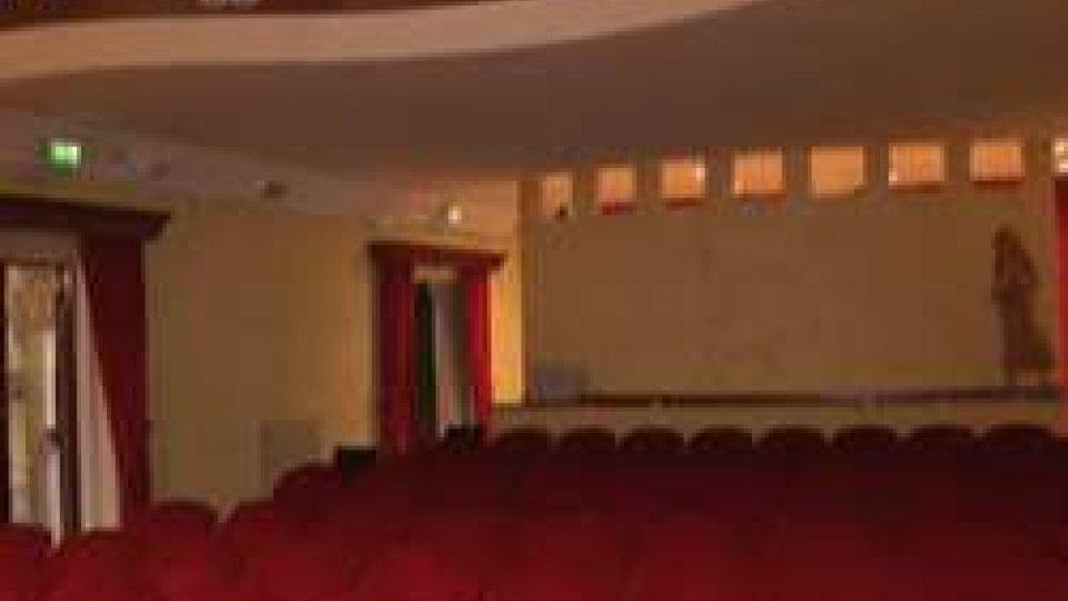 """Teatro Turroni di SoglianoUn secolo e mezzo del più piccolo """"teatrino"""" d'Italia"""