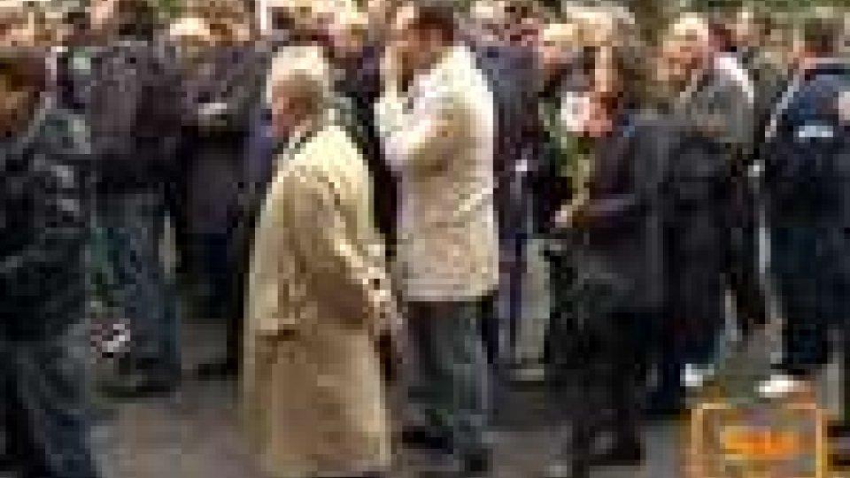 Migliaia di persone hanno reso omaggio a Marco Simoncelli