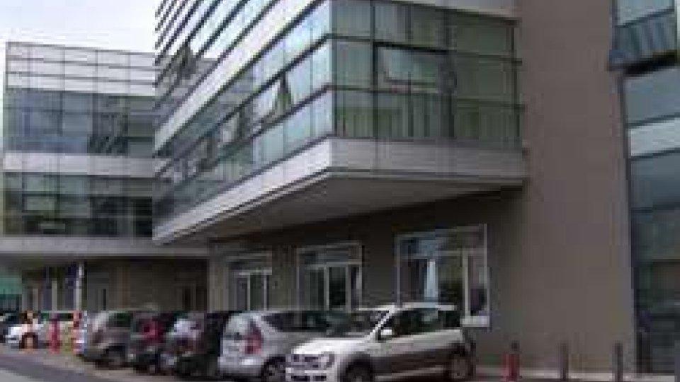 Tribunale di San MarinoSi finge magistrato e si fa consegnare denaro: a processo una 50enne