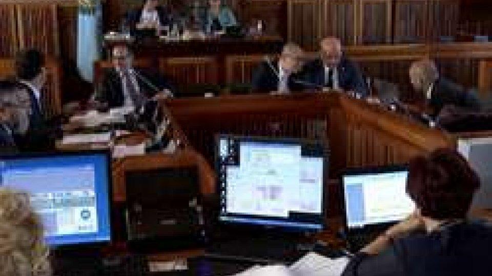 Segretario Celli in aulaConsiglio: approvato l'assestamento di bilancio, i commenti