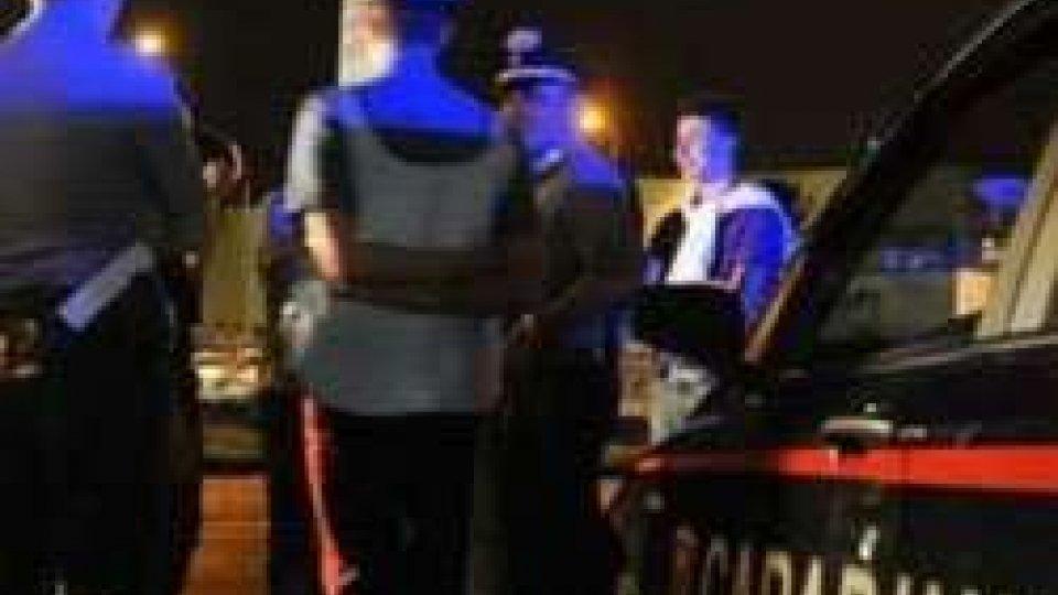Misano Adriatico: modifica carta identità per bere alcol, denunciato 17enne