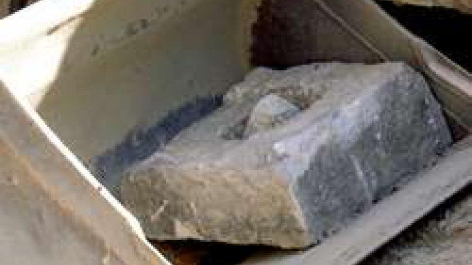 Guarda il video degli scaviAffiorano resti antichi durante lavori pubblici a Borgo