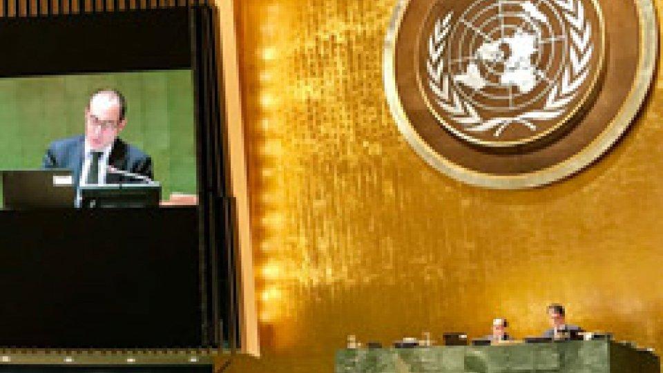 Il Segretario Renzi presiede i lavori dell'Assemblea ONU