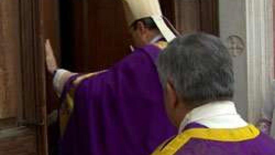 Il Vescovo Mons. Andrea Turazzi<strong>MISERICORDIA</strong> dalla<strong> PORTA SANTA </strong>di <strong>PENNABILLI</strong> verso <strong>SAN LEO </strong>e <strong>SAN MARINO</strong>