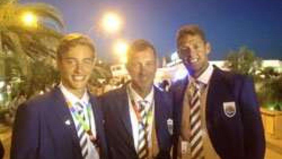 Lorenzo Benvenuti, Matteo Zonzini e coach Raffaelli a Pescara dopo la sfilata inaugurale dei Giochi