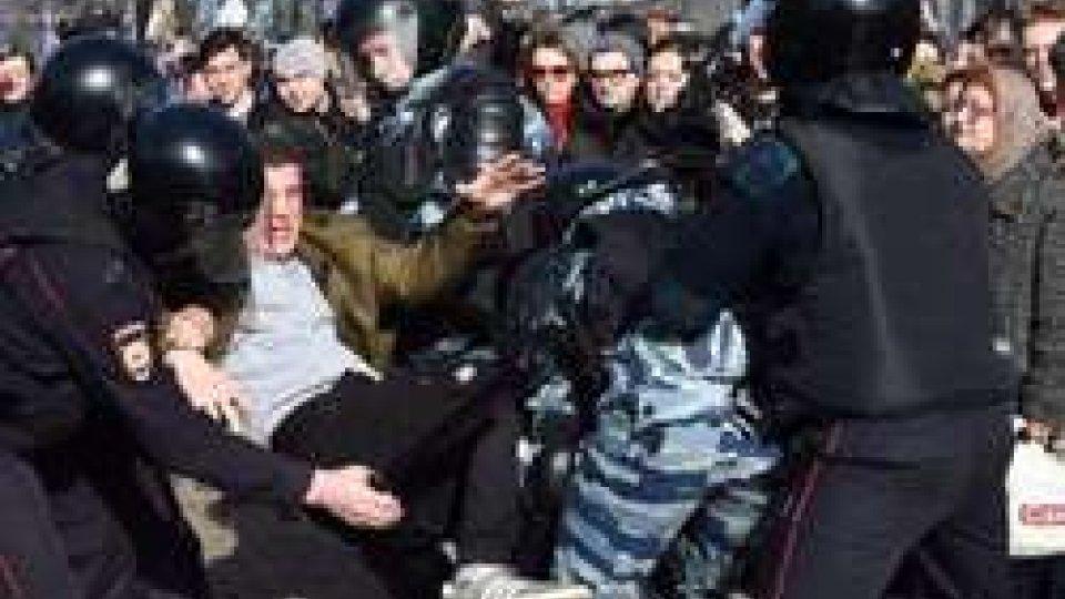 Russia, gli Usa condannano l'arresto di manifestanti
