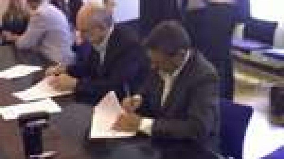 La firma dell'accordocontenuti accordo