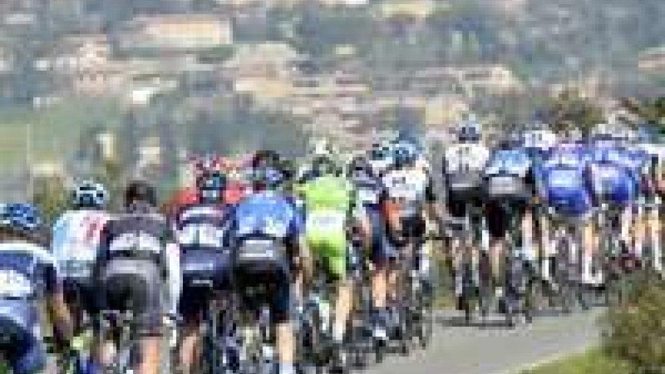 Ciclismo: al via la Tirreno - Adriatico